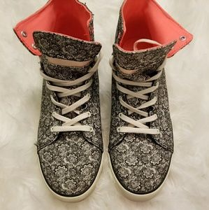 Vans High-Top Paisley w/ Pink (Size 9)
